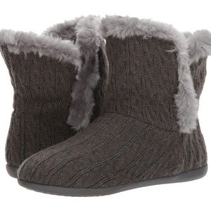 Vionic NWOT Gray Kari Orthaheel Slipper Boots